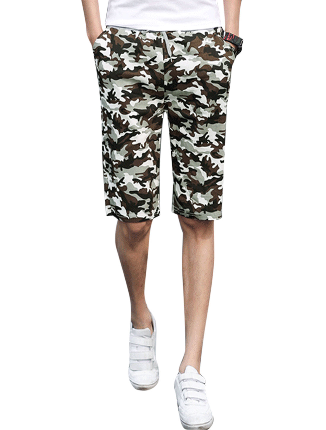 Man Camouflage Pattern Elastic Drawstring Waist Beach Shorts Multicolor W32