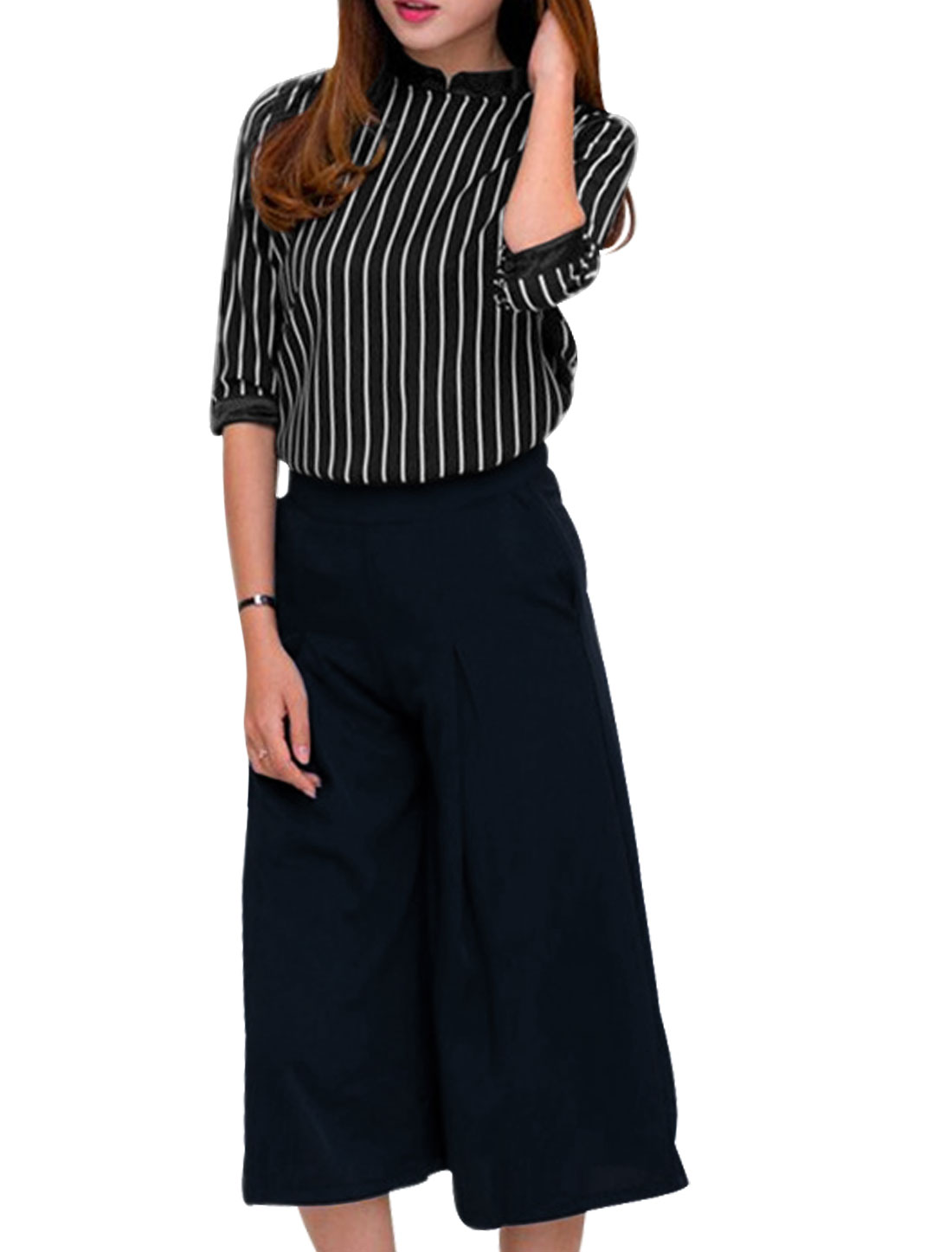 Woman Vertical Stripes Casual Top w Wide Leg Capris Pants Sets Black Dark Blue M