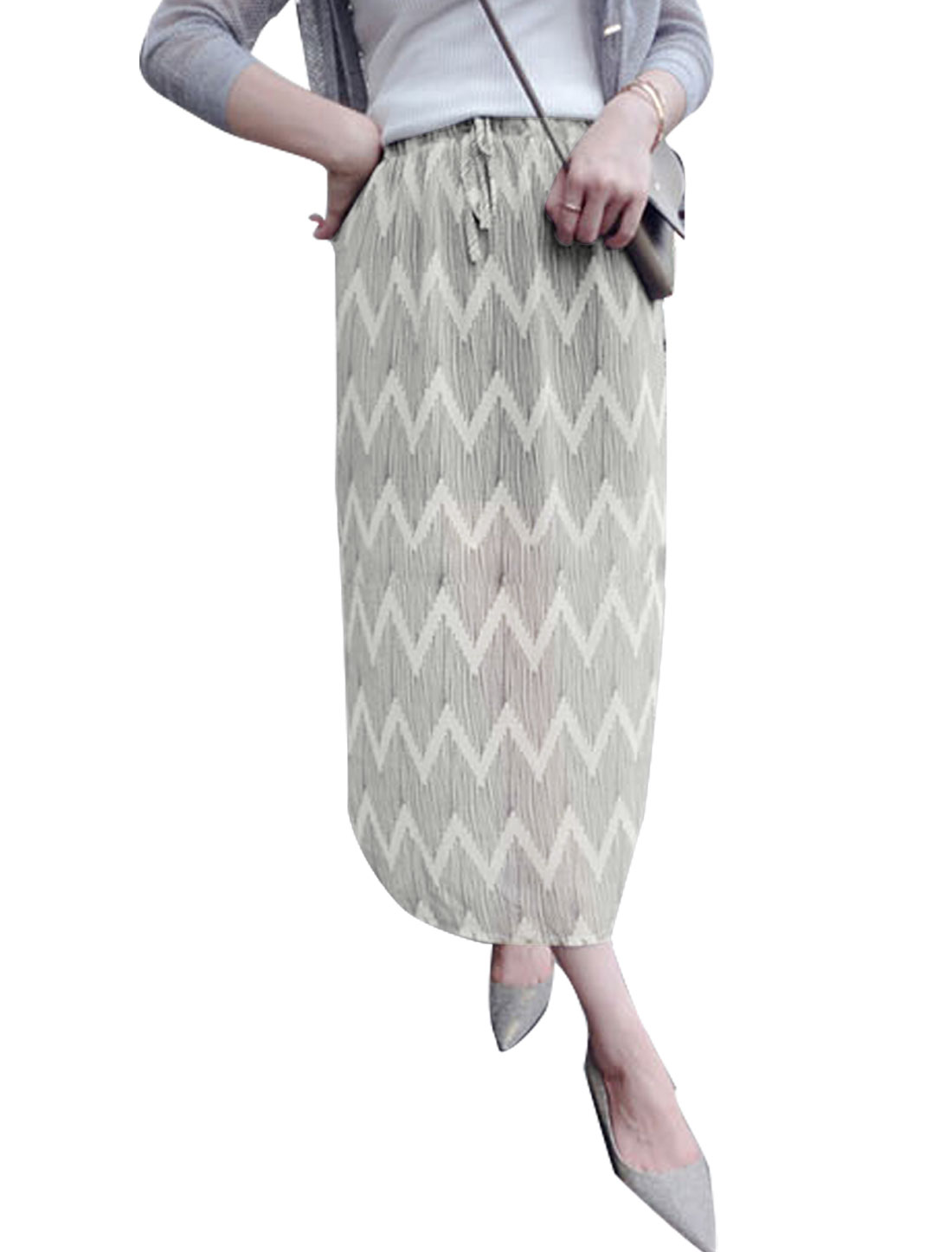 Woman Stripes Zig Zag Pattern Elastic Drawstring Waist Chiffon Skirt Black White XS