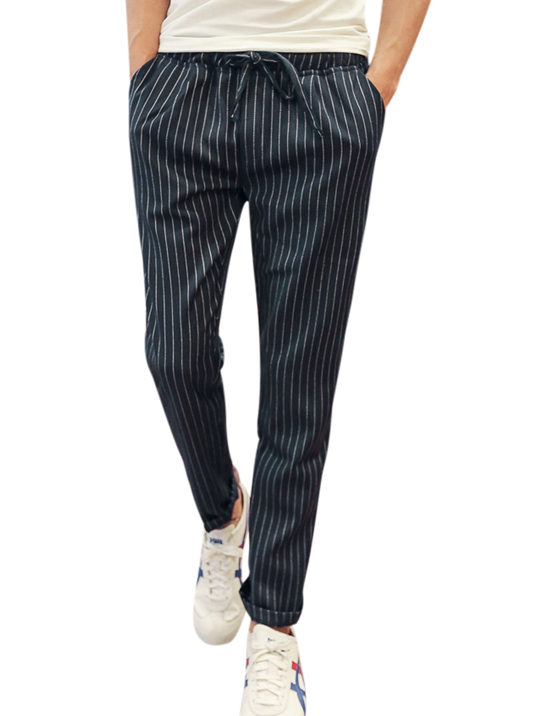 Men Elastic Waist Stripes Pockets Casual Cropped Pants Navy Blue W30