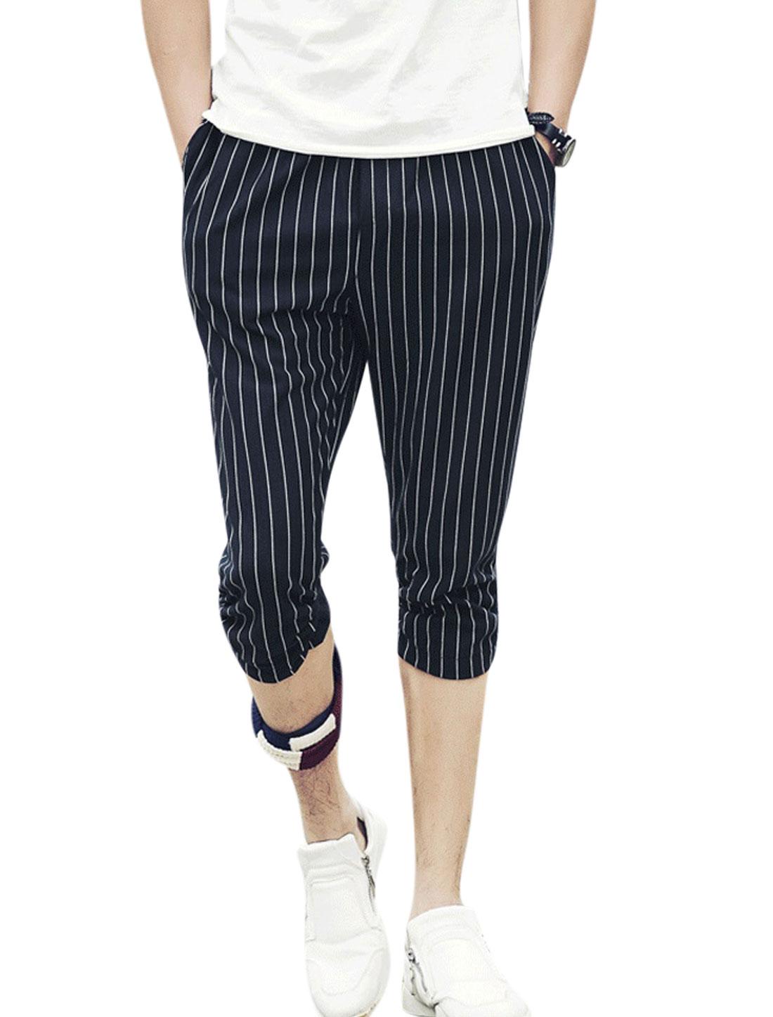 Men Elasitc Waist Stripes Print Pockets Slim Fit Capris Pants Navy Blue W30