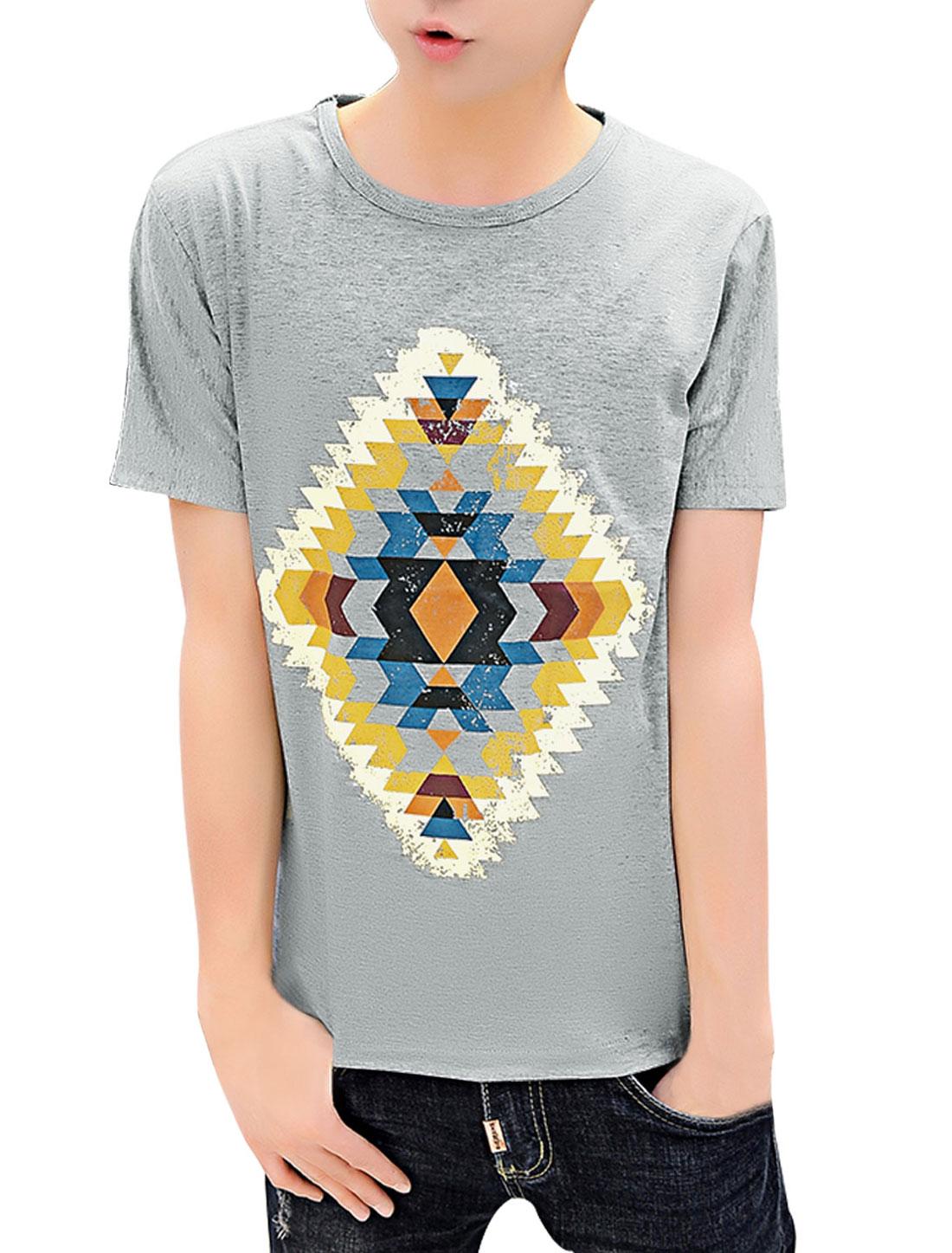 Men Slipover Short Sleeve Round Neck Geometric Print T-Shirt Gray M