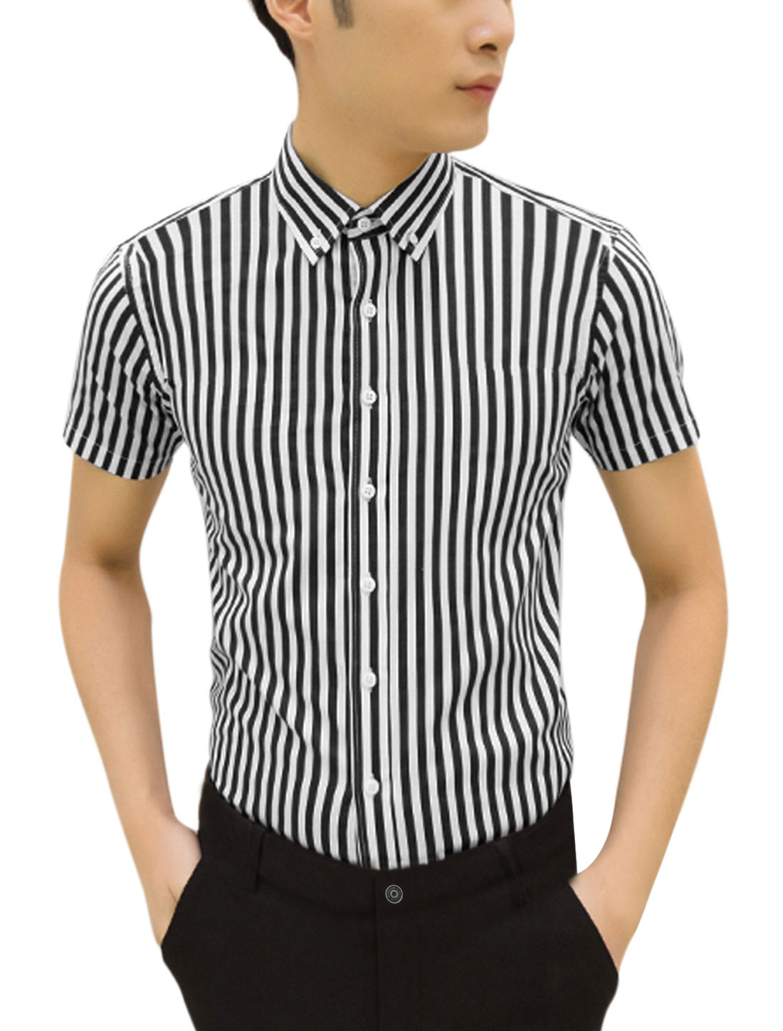 Men Point Collar Short Sleeves Vertical Stripes Casual Shirts Navy Blue White M