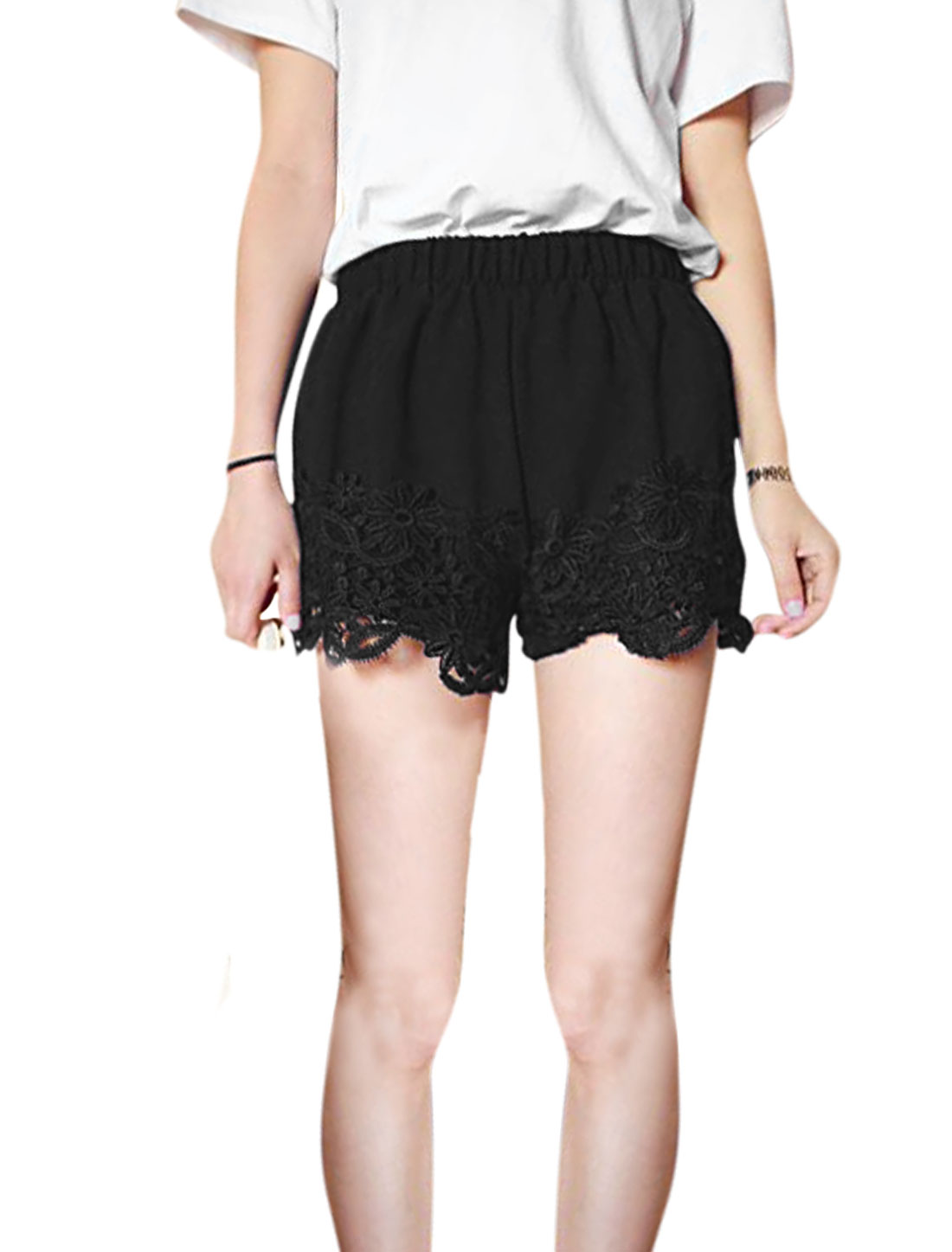 Ladies Hollow Out Detail Crochet Design Stretchy Waist Shorts Black XS