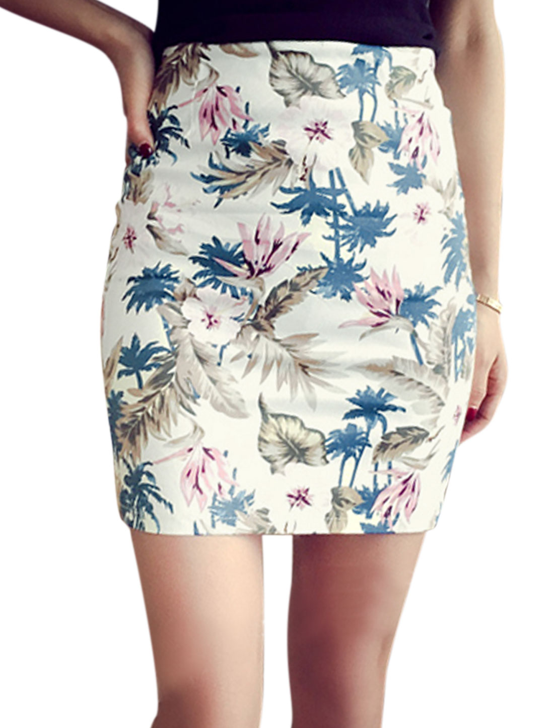 Woman Floral Prints Concealed Zipper Back Unlined Pencil Skirt White M
