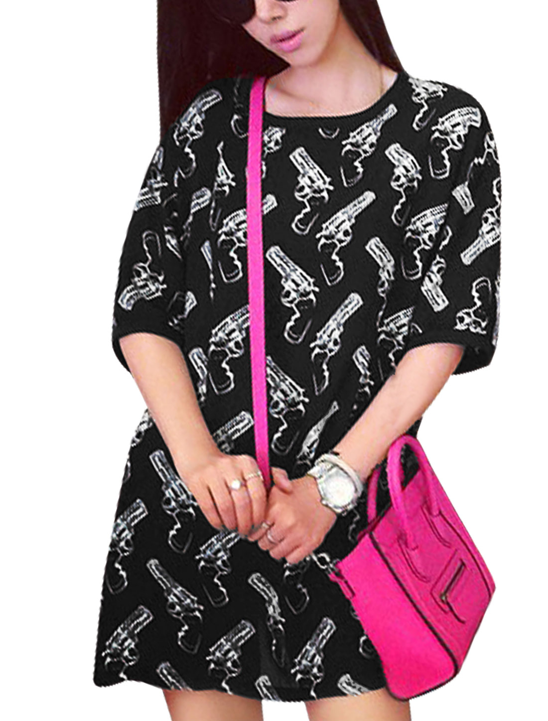 Woman Gun Pattern Round Neck Elbow Sleeves Loose Fit Tunic Top Black XS