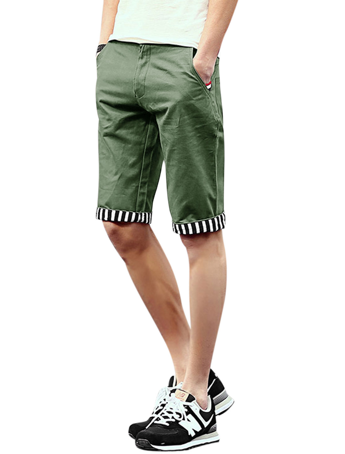 Men Mid Rise Belt Loop Zip Fly Pockets Slim Fit Shorts Army Green W32