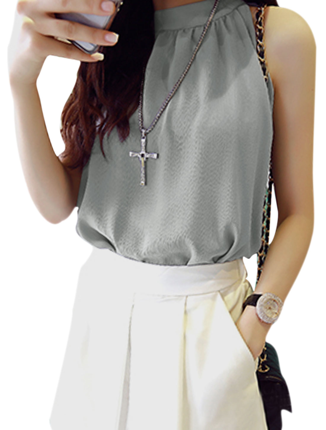 Woman Halter Neck Sleeveless Key Hole Back Casual Chiffon Top Light Gray S