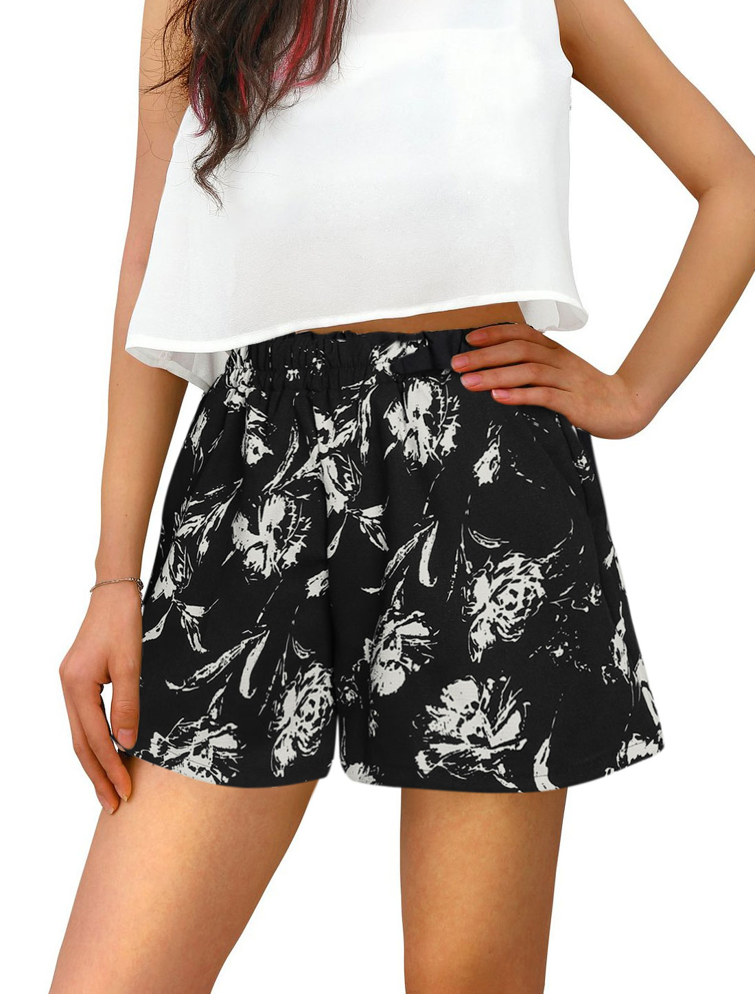 Woman Floral Prints Elastic Waist Slant Pockets Flare Shorts Black XS