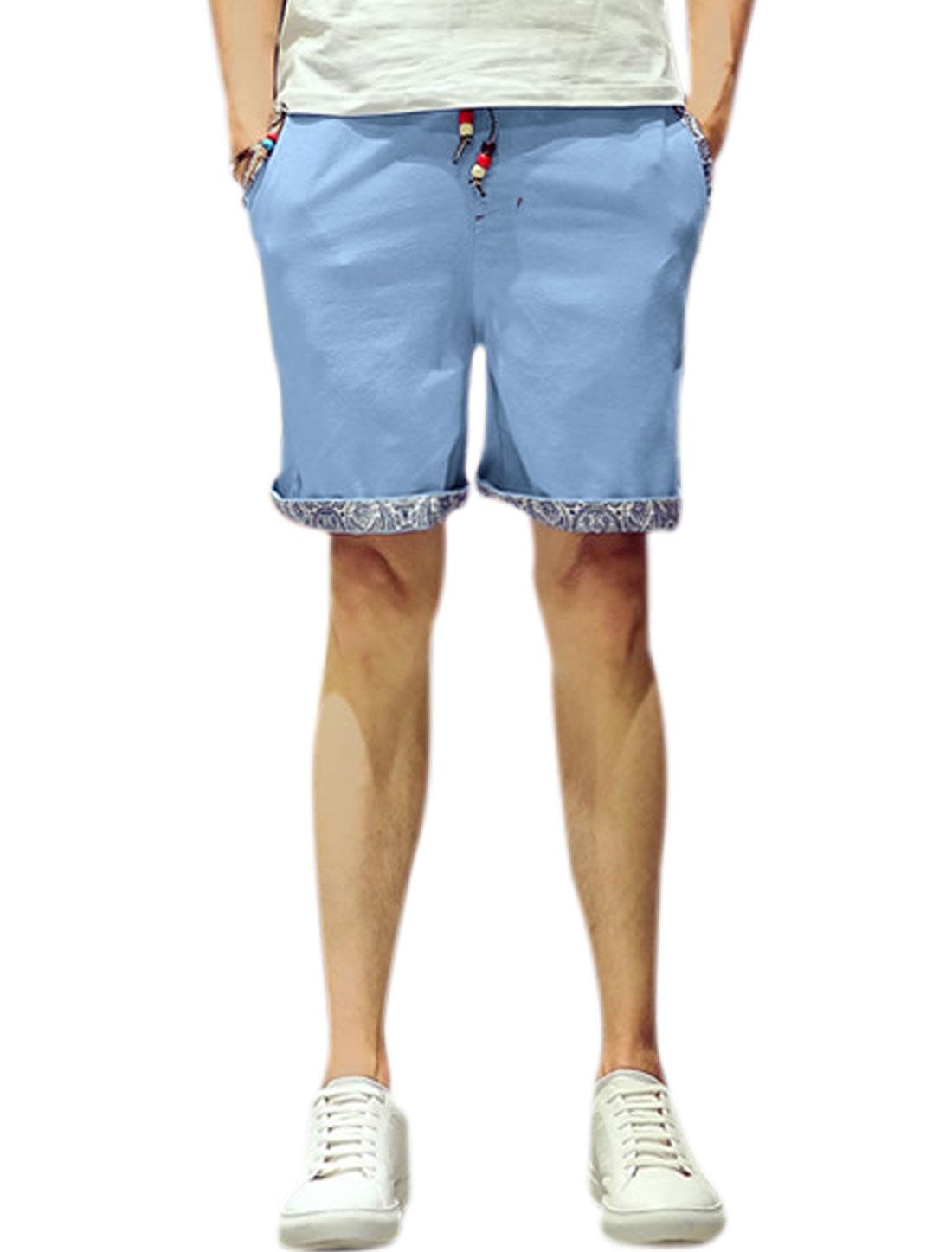 Men Beaded Drawstring Waist Straight Leg Casual Shorts Light Blue W34