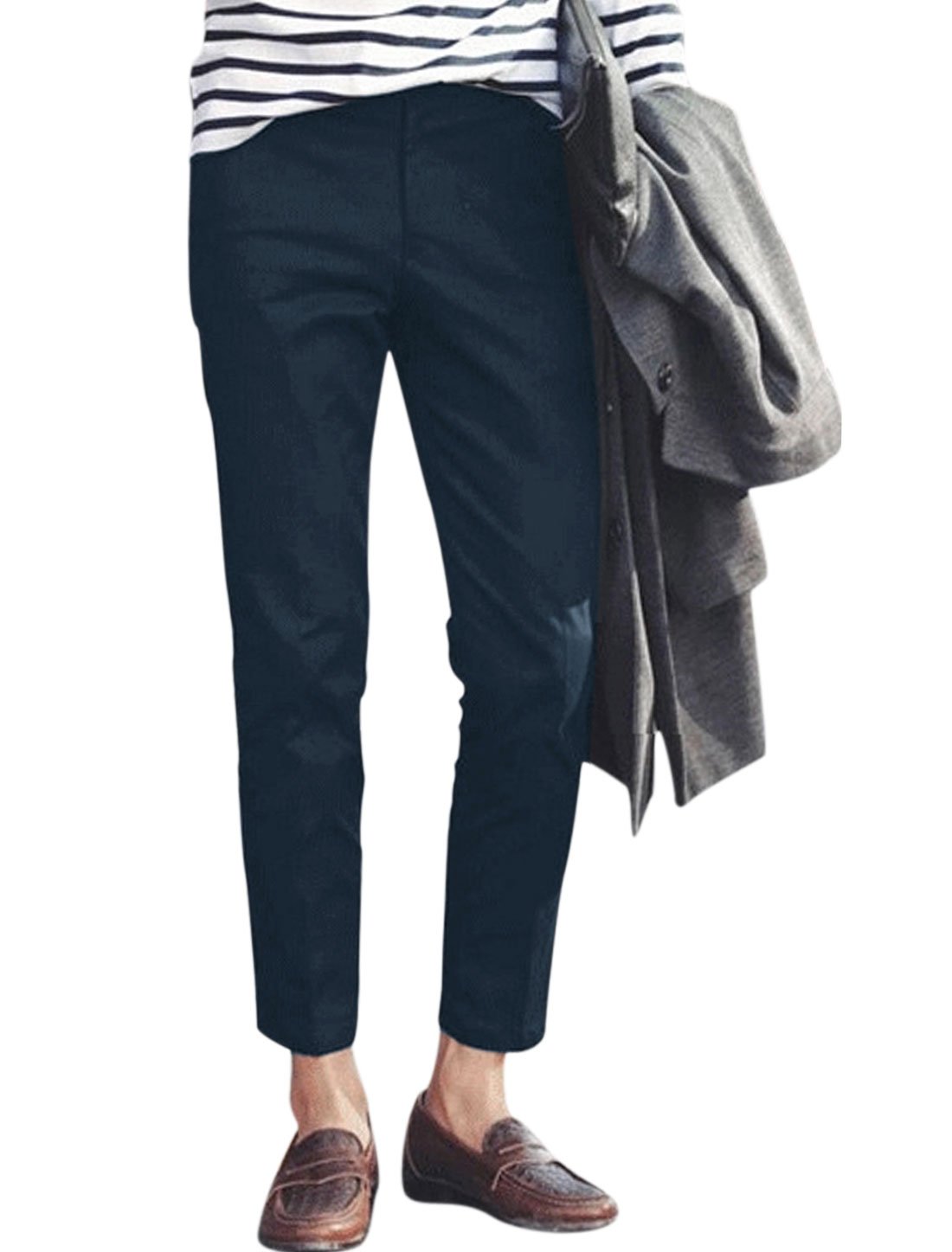 Man Belt Loop Slim Fit Button Closure Casual Cropped Pants Navy Blue W32