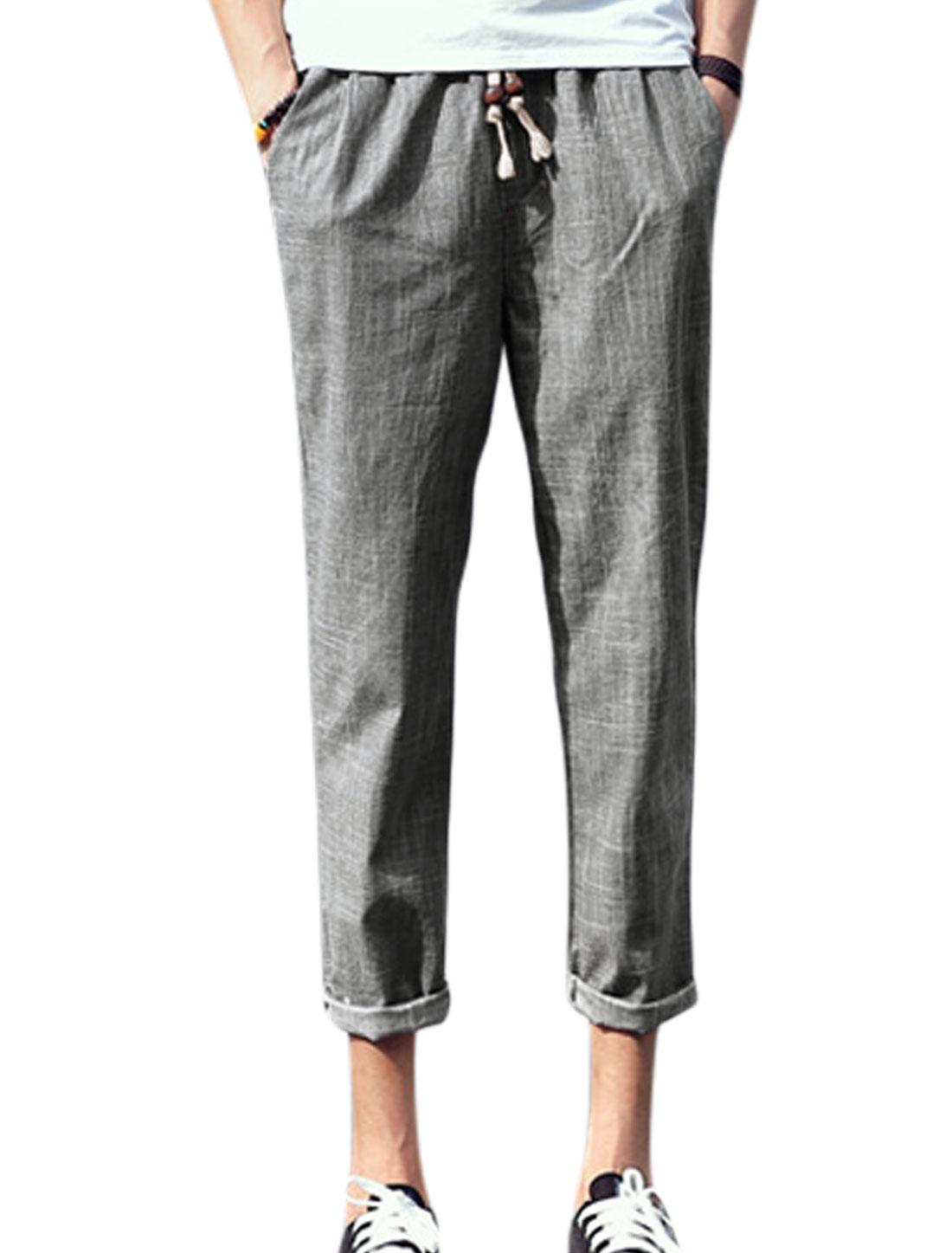 Man Drawstring Waist Mid Rise Pockets Cropped Pants Dark Gray W30