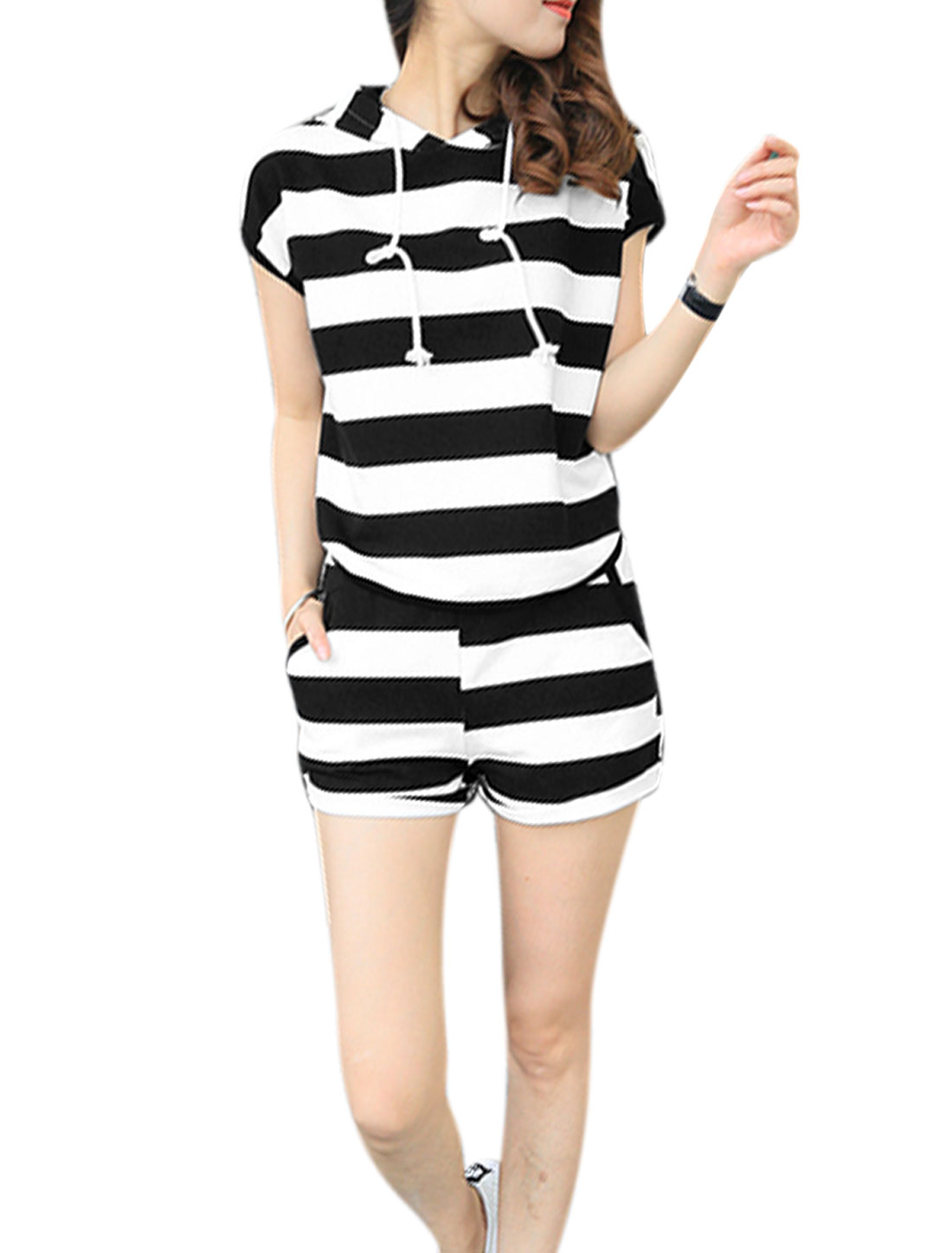 Lady Bold Stripes Hooded Top w Elastic Waist Shorts Sets Black White XS