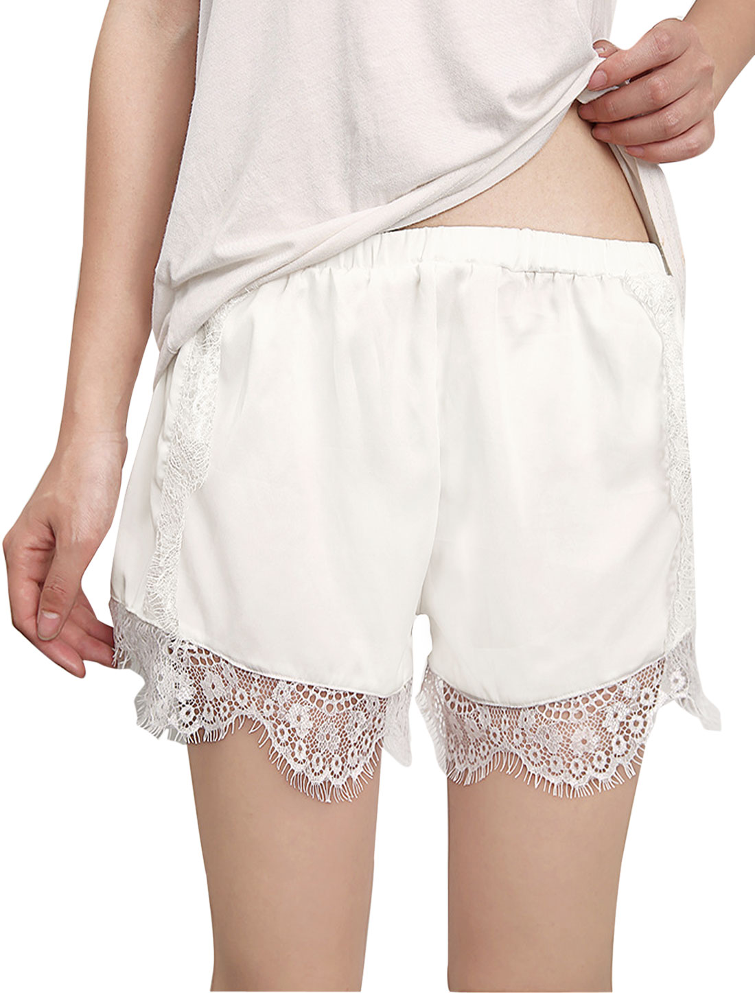Women Lace Panel Mid Rise Scalloped Trim Legging Shorts White XS