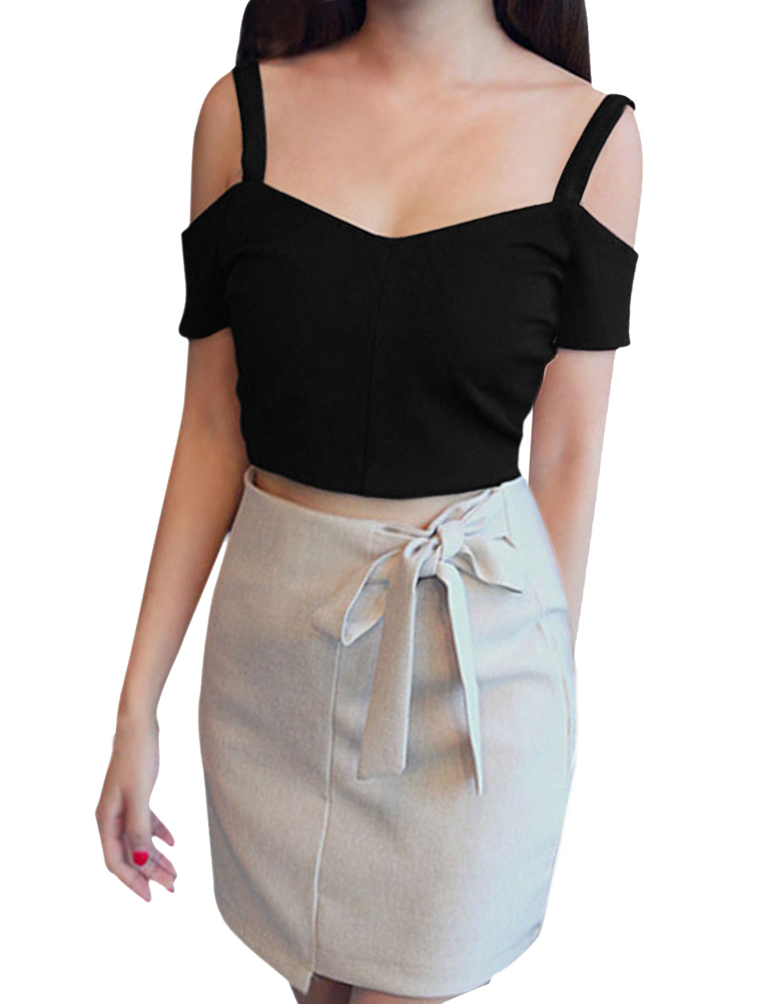 Woman Cut Out Shoulder Exposed Zipper Back Slipover Crop Top Black XS