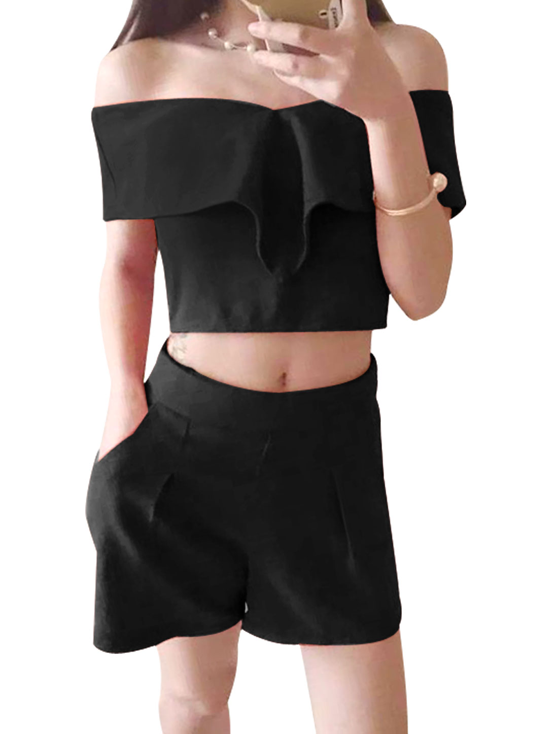 Ladies Off Shoulder Layered Cropped Top w Front Pockets Shorts Sets Black XS