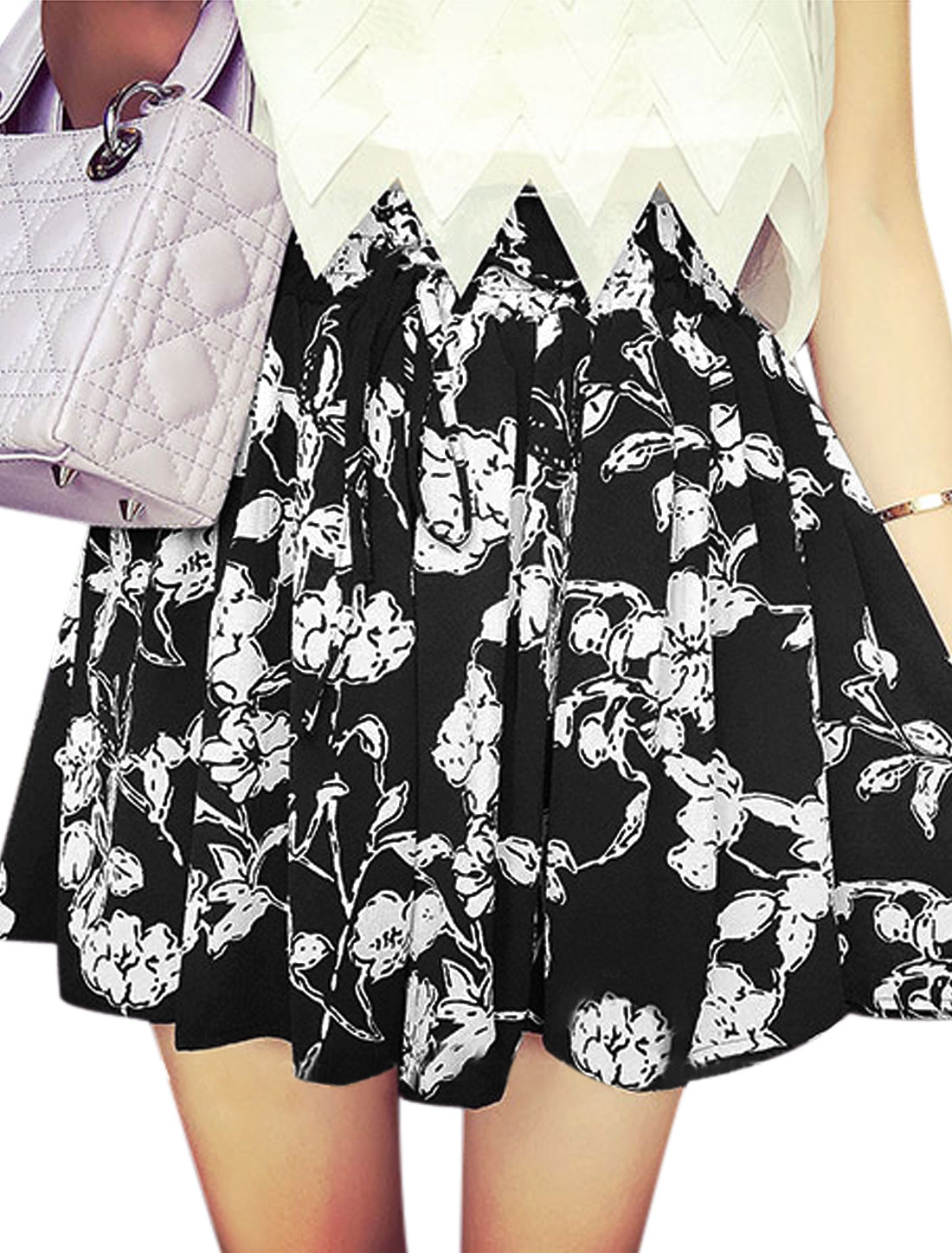 Ladies Mid Rise Elasticized Waist Floral Prints Skorts White Black XS