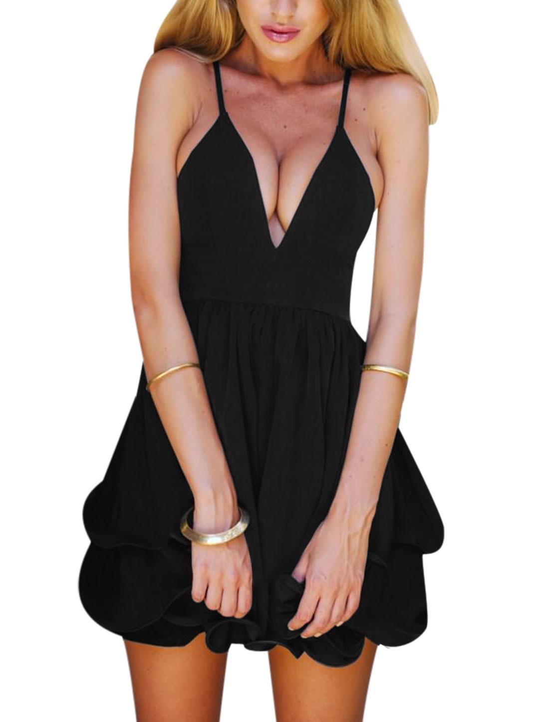 Woman Spaghetti Straps Layered Flouncing Hem Chiffon Dress Black M