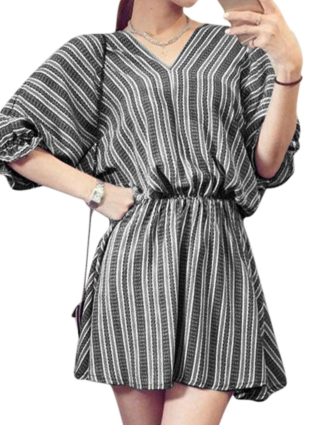 Woman Stripes Geometric Prints 3/4 Batwing Sleeves V Neck Dress Black White XS