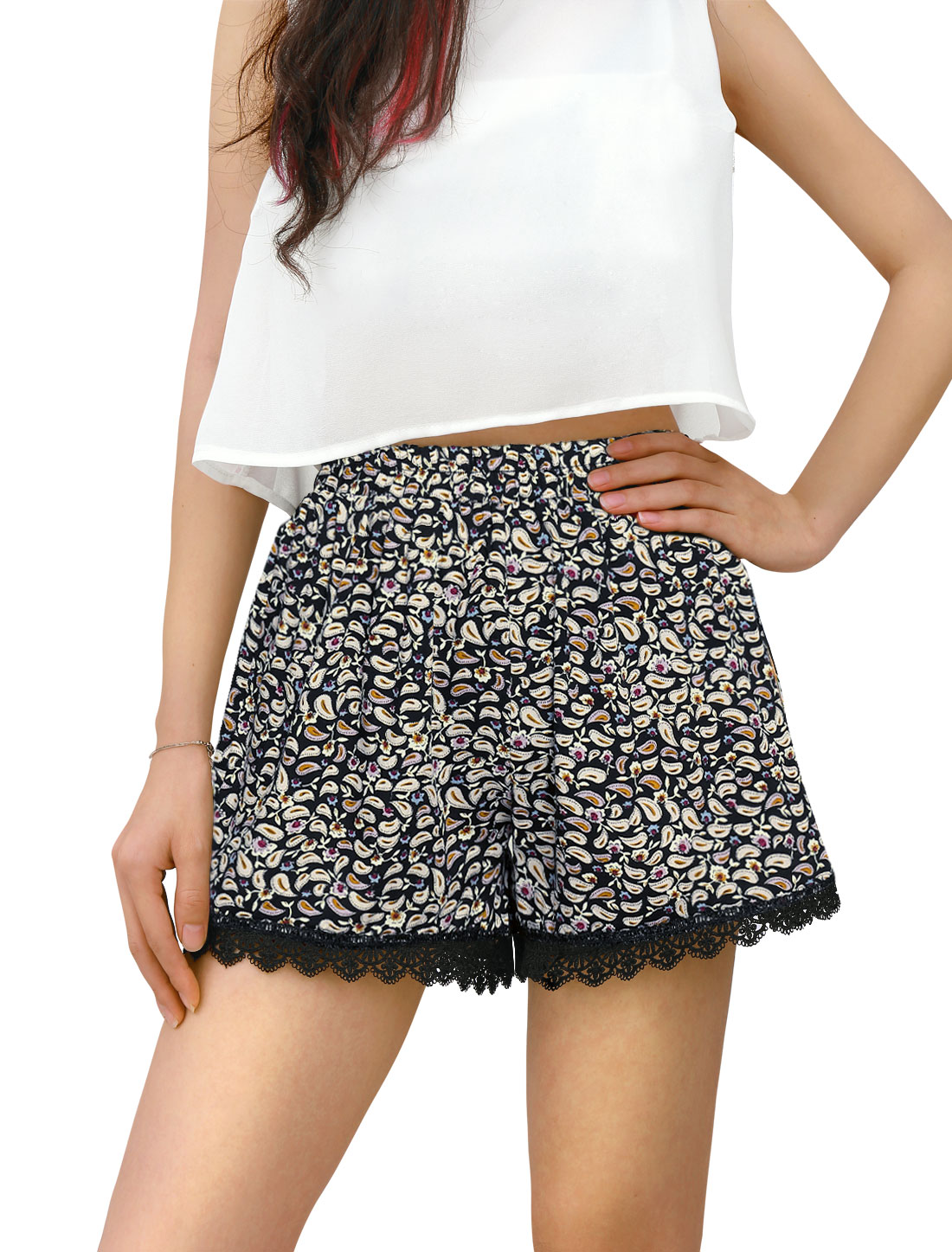 Ladies Cashew Flower Prints Lace Trim Shorts Black Beige S