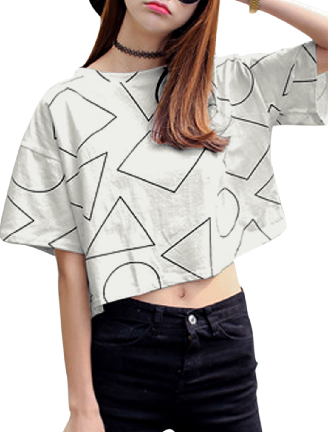 Women Round Neck Geometric Prints Cropped Tee White XS