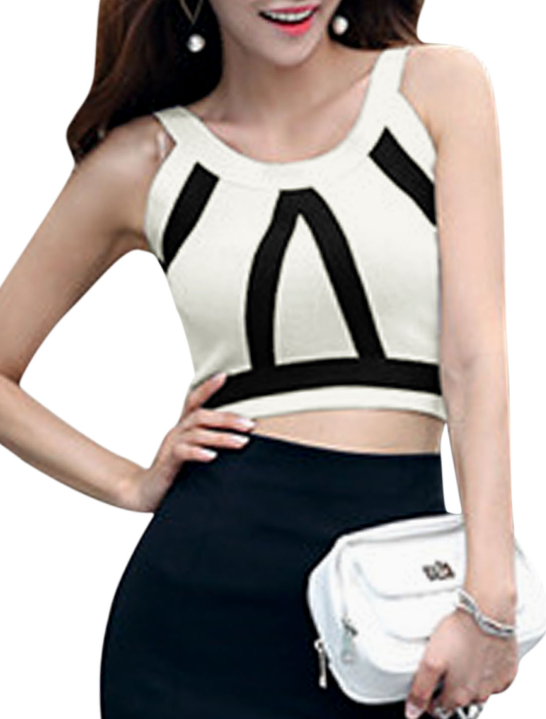 Woman Stripes Design Slim Fit Sleeveless Knitted Crop Top White XS