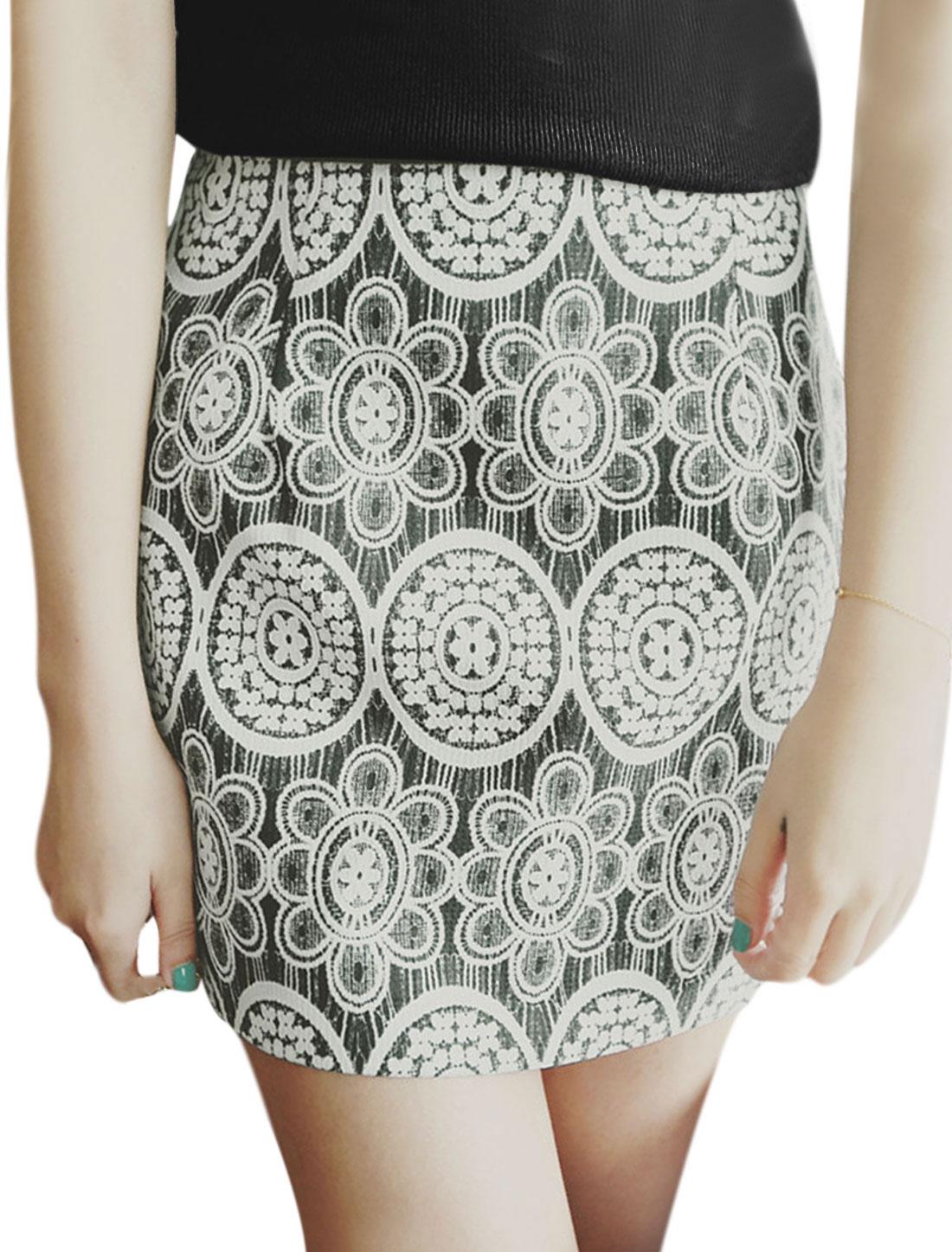 Ladies Mid Rise Floral Prints Textured Casual Mini Skirts Black L