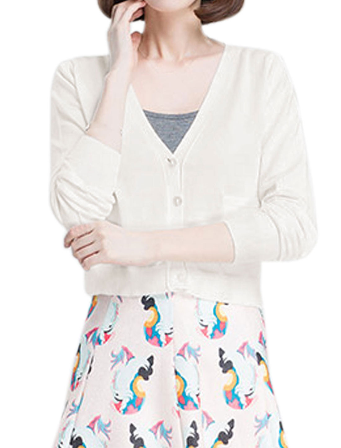 Woman Deep V Neck Long Sleeves Button Closure Cropped Knit Cardigan White XS