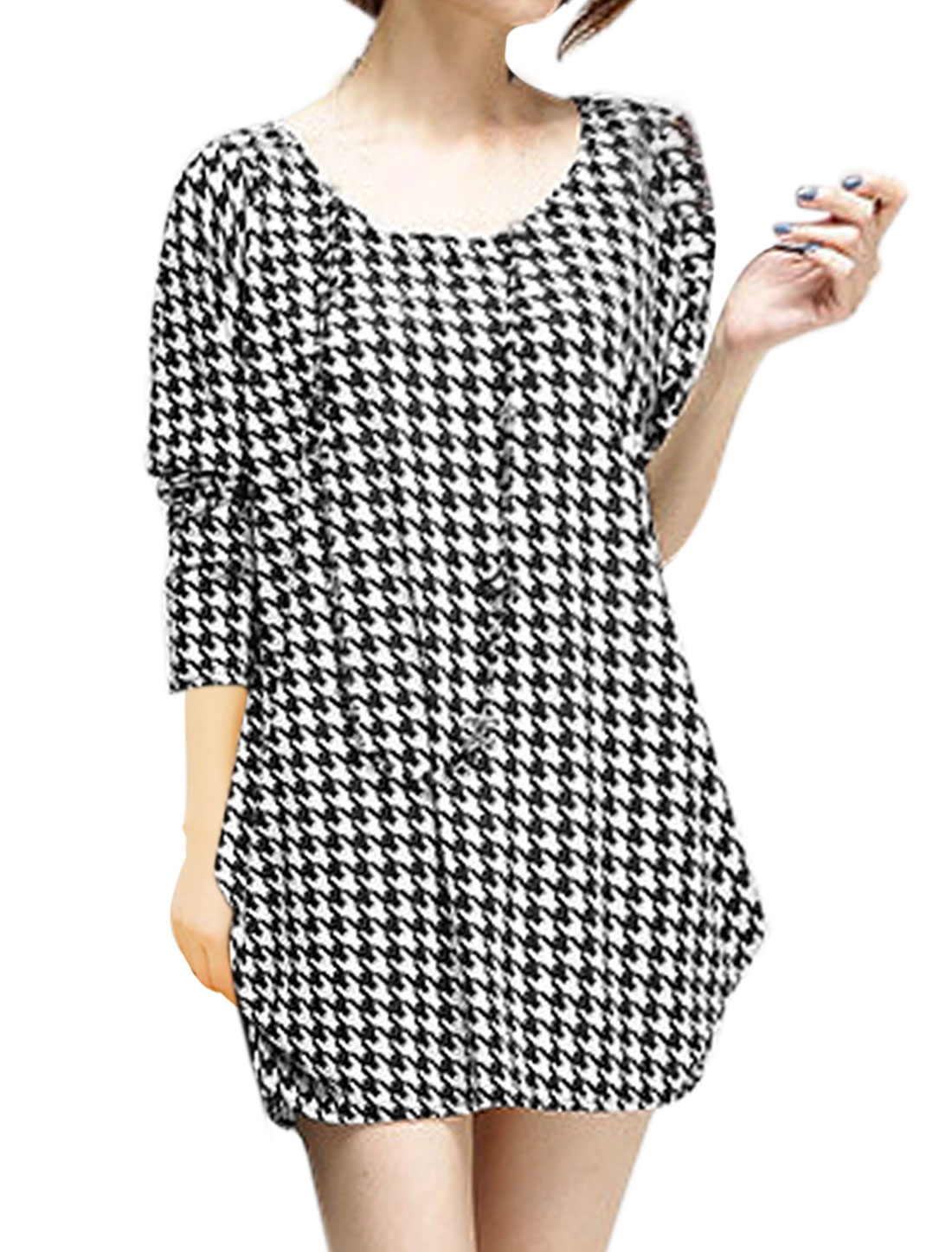 Women Scoop Neck Houndstooth Loose Fit Knit Blouses Blacks Whites XS