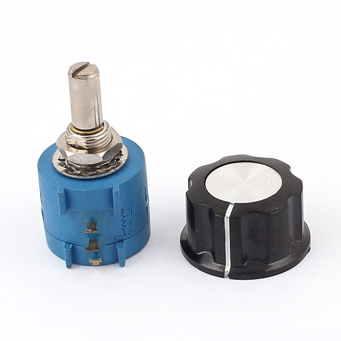2K Ohm 6mm Shaft Diameter Rotary Wire Wound Potentiometer w Knob
