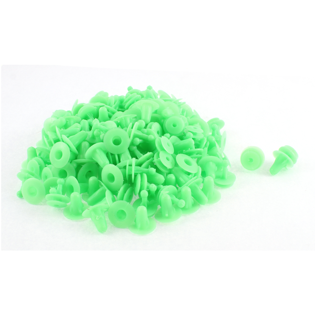 100 Pcs Green Plastic Push-Type Moulding Trim Panel Hood Rivet