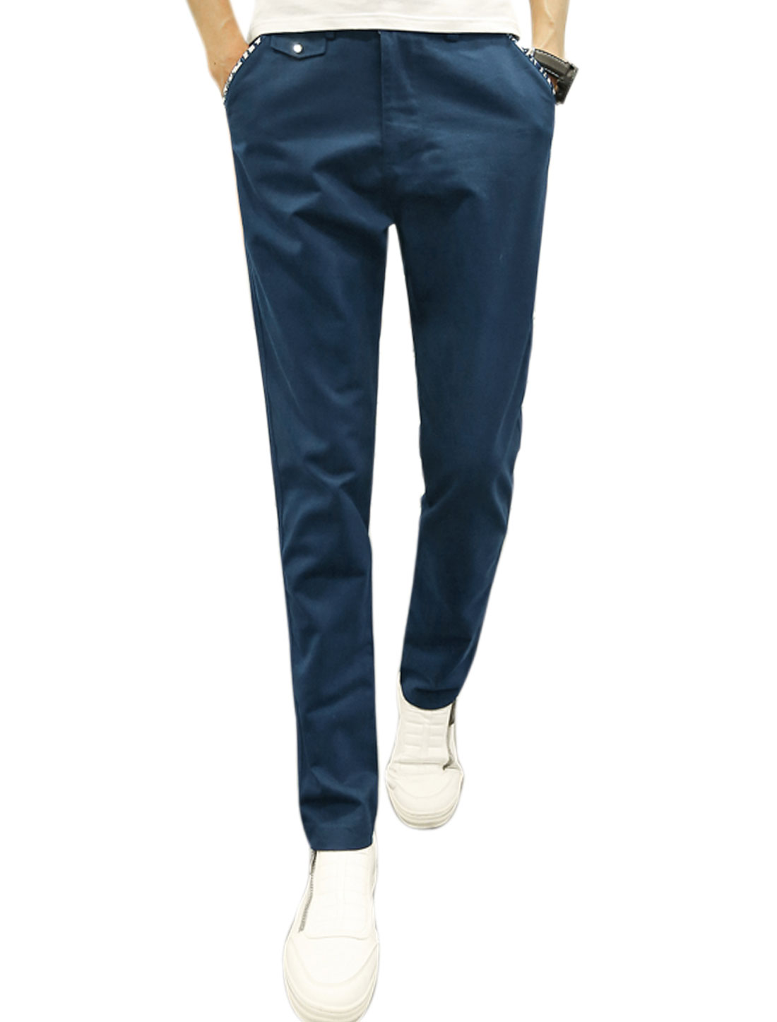 Men Button Closure Natural Waist Slant Pockets Tapered Trousers Navy Blue W32