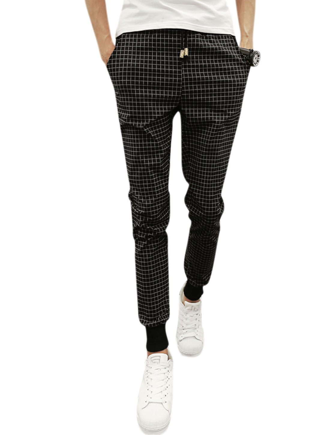 Men Drawstring Waist Plaids Leisure Tapered Pants Black W32