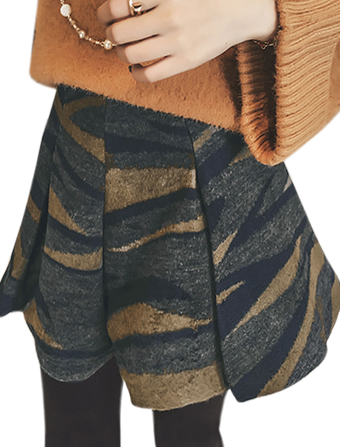 Women Novelty Prints Contrast Color Unlined Worsted Shorts Blue M