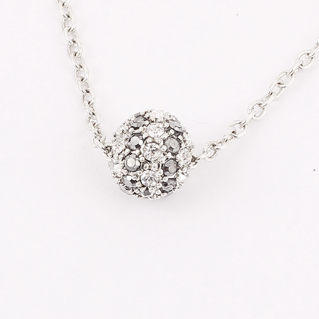 Ladies Women Plastic Crystals Inlaided Ball Detail Pendant Metal Lobster Buckle Strip Link Slim Chain Necklace Neckwear Silver Tone