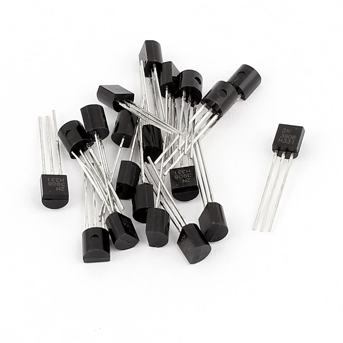 20 Pcs 2N3906 TO-92 PNP Low Power Bipolar Junction Transistors 40V 0.2A