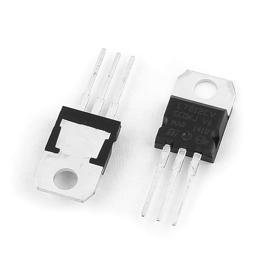 2 Pcs L7812CV TO-220 Package 3 Terminals Negative Voltage Regulator 1.5A 12V
