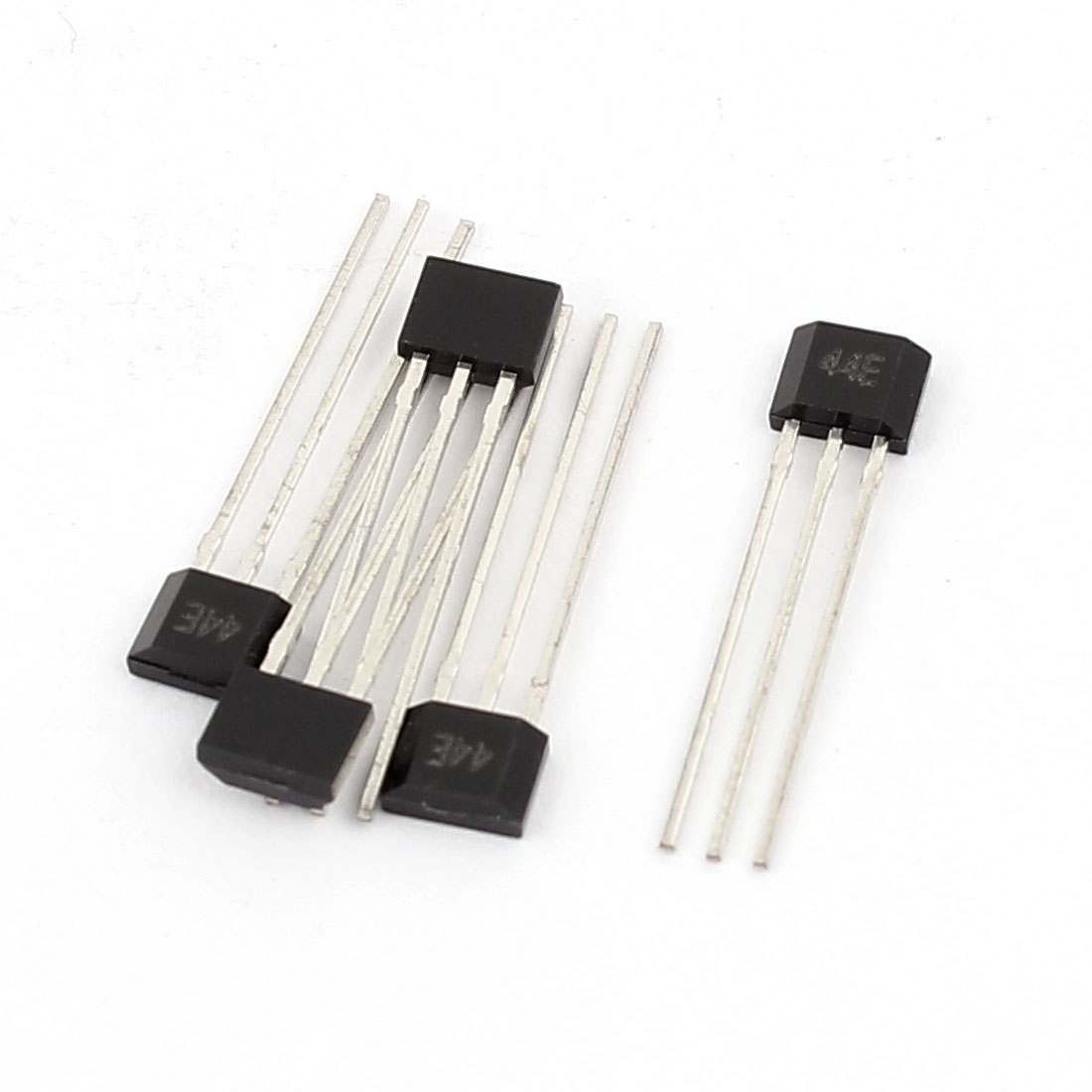 4 Pcs 44E 4.5-24V 3 Terminals Unipolar Sensitive Hall Effect Sensor Magnetic Detector