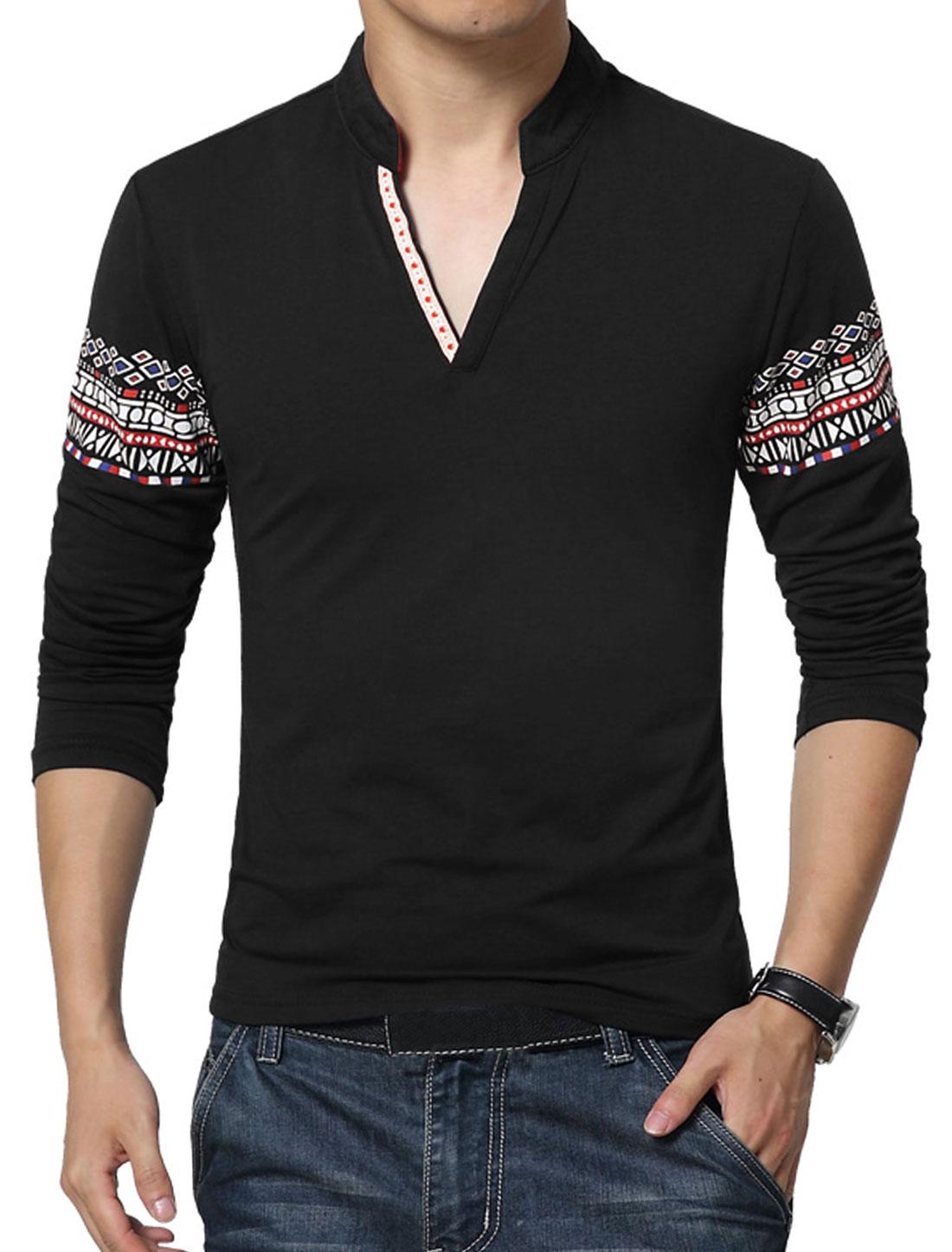 Men V Neck Long Sleeves Geometric T-Shirt Black S