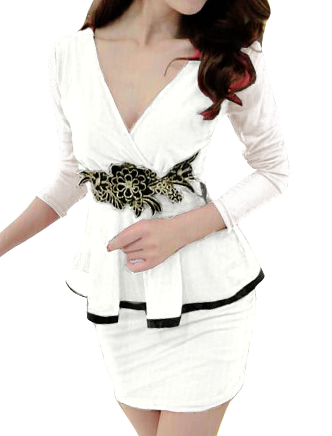 Woman Crossover V Neck Flower Applique Mesh Peplum Dress White S