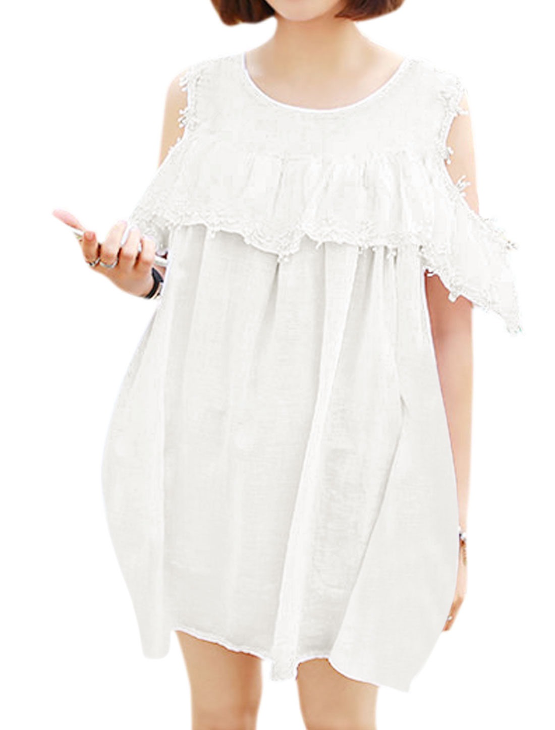 Woman Cut Out Shoulder Flouncing Upper Crochet Tunic Top White XS