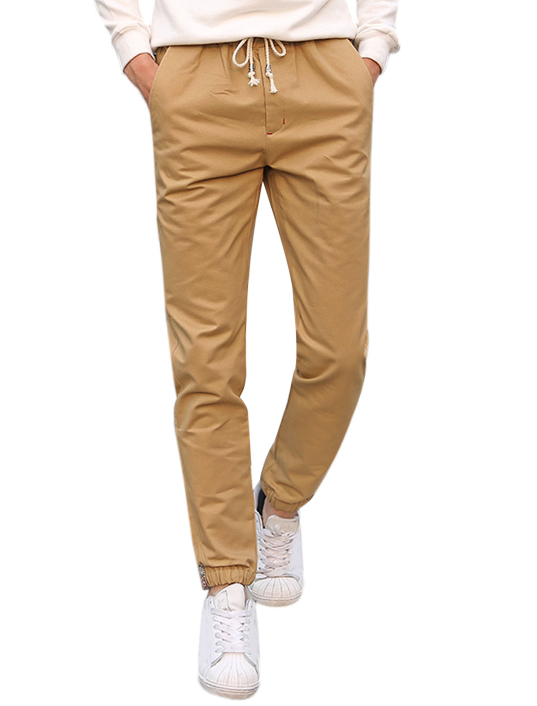 Man Side Pockets Slim Fit Straight Leg Elastic Drawstring Pants Brown W32