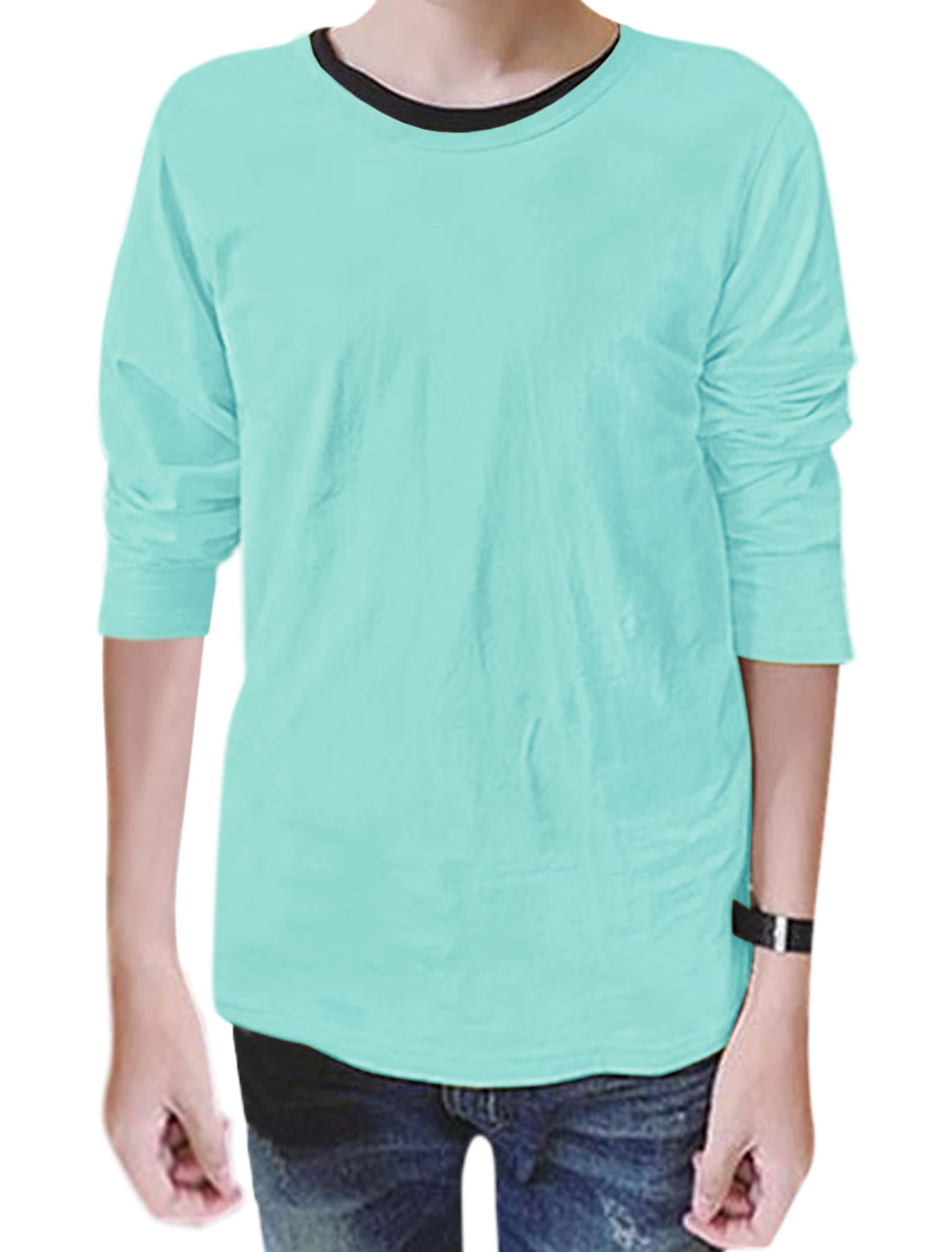 Man Round Neck Long Sleeves Slim Fit T-Shirt Light Blue M