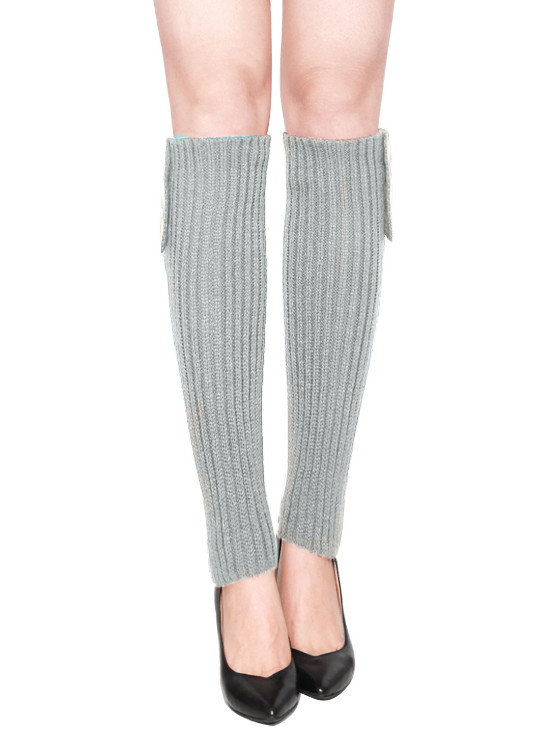 Women Three Buttons Decor Ribbed Knit Knee High Leg Warmers Pair Light Gray
