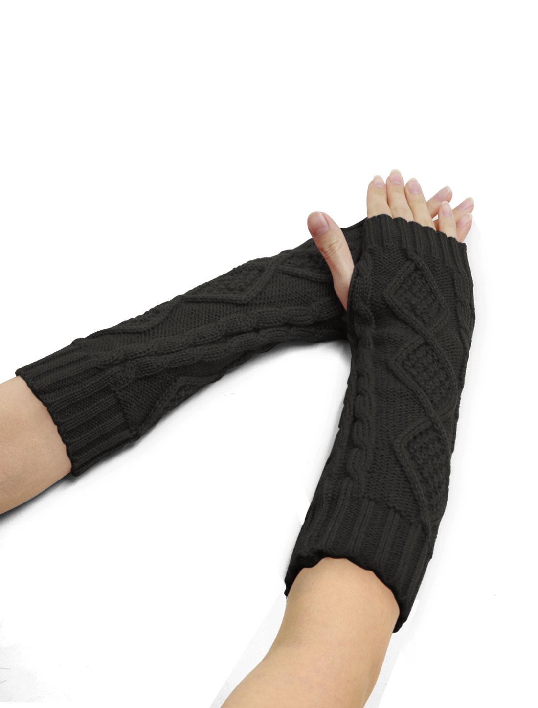 Women Elbow Length Argyle Design Cable Knit Arm Warmers Pair Dark Gray