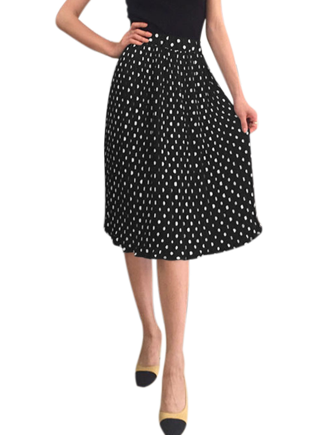 Women Elastic Waist Polka Dots Knee Length Pleated Skirt Black XS