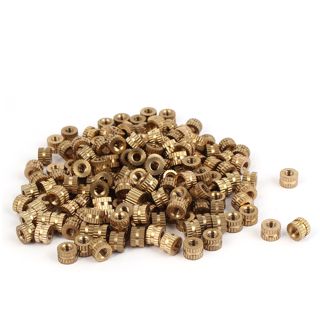 M4 x 5mm 0.7mm Pitch Brass Cylinder Knurled Threaded Embedment Nuts 200PCS