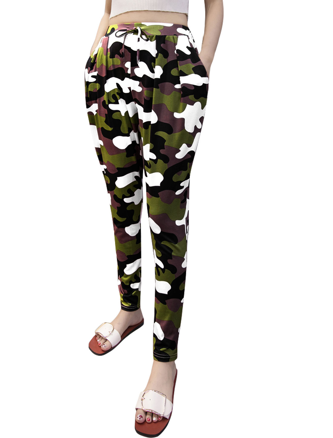 Women Drawstring Elastic Waist Tapered Camouflage Print Pants Brown S