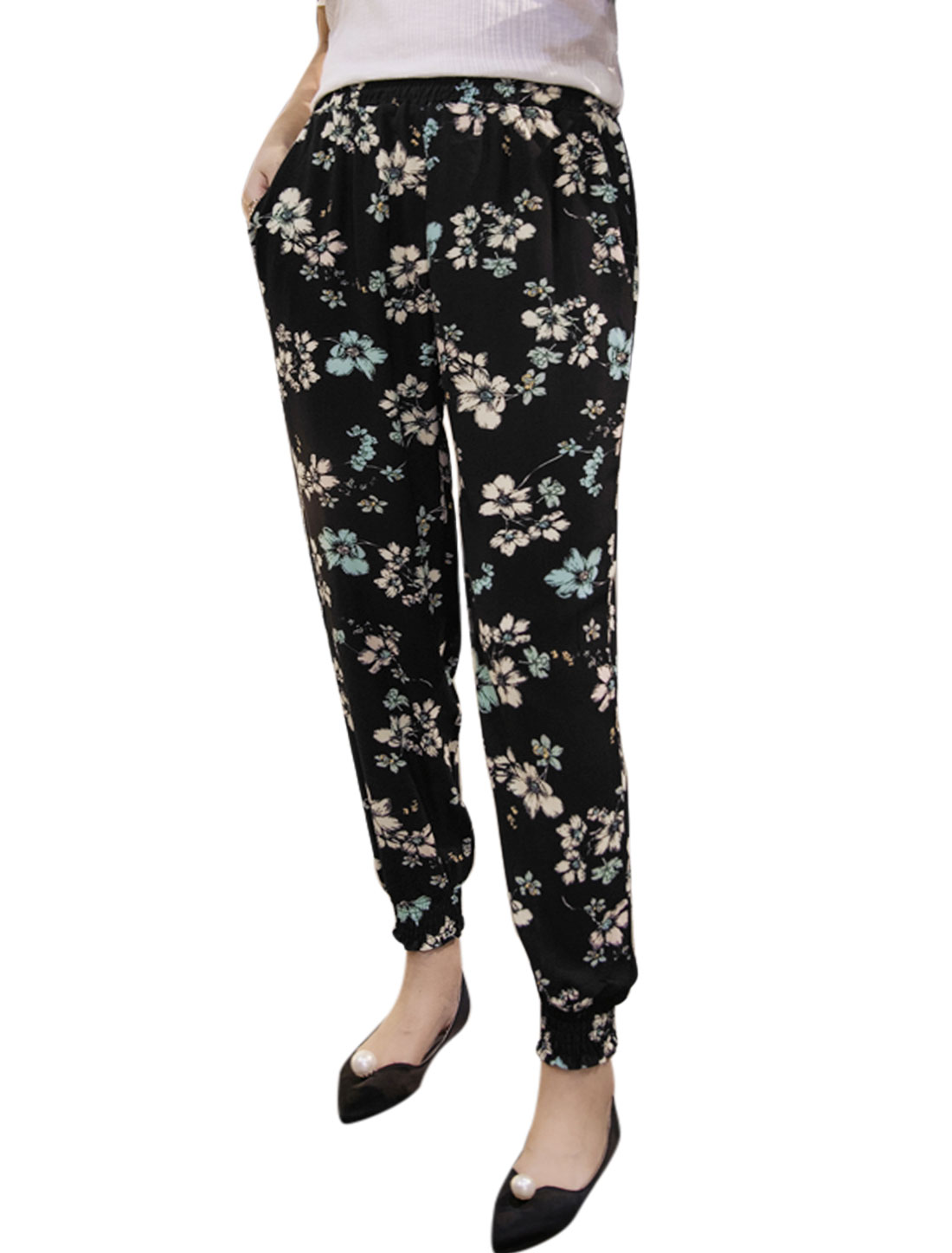 Women Elastic Waist Floral Prints Tapered Cropped Pants Black M