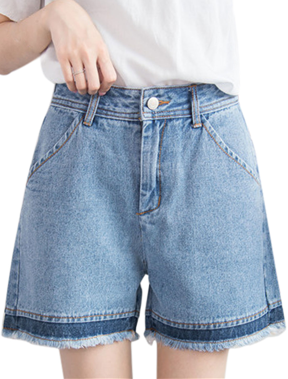Women Contrast Color Frayed Hem Straight Denim Shorts Blue M
